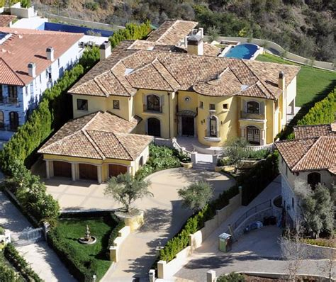 kim kardashian and kanye west house kim kardashian and kanye west s new house home bunch interior design ideas