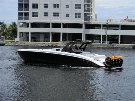 cigarette boat gallons per hour ultimate center console 43 midnight express quad 300