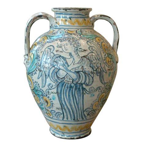 Majolica Vases by Napoli 18th C Majolica Vase At 1stdibs