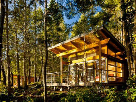 tiny houses 10 000 10 000 passive solar tiny house tiny passive solar