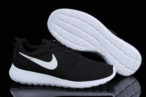 black and white nike running shoes nike running shoes for black and white thenavyinn co uk