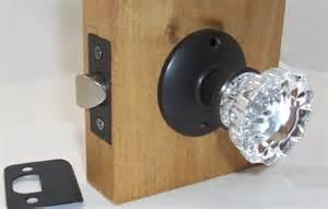 lot of four 4 fluted glass passage door knob set