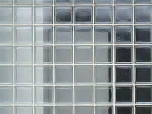 monter un mur en briques de verre maisonapart