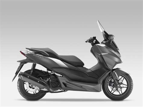 125er Motorrad Kaufen Neu by Gebrauchte Honda Forza 125 Motorr 228 Der Kaufen