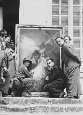 """8 badass photos from the real life """"monuments men""""—who"""