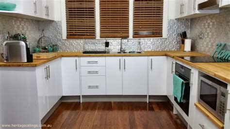 pressed metal splashback in bundaberg
