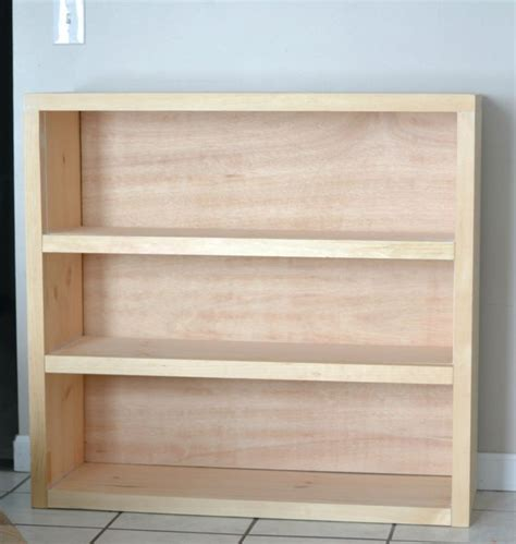 how to build a simple bookcase best 25 build a bookcase ideas on bookshelf
