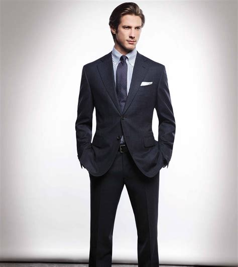 Do Right Suit 27 about wearing a suit that every should