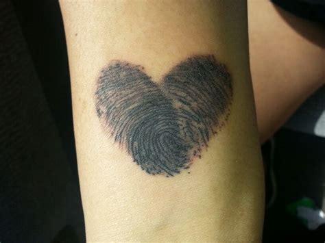 tattoo finger print fingerprint heart tattoo ink d pinterest heart
