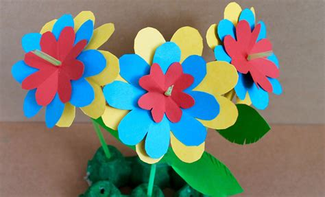 How To Make Craft Paper - easy craft paper flowers find craft ideas
