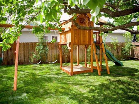 giochi giardino legno giochi da giardino ecco come progettare casette scivoli