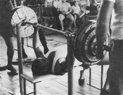 arnold schwarzenegger bench press record articles and reviews gmv bodybuilding dvds male
