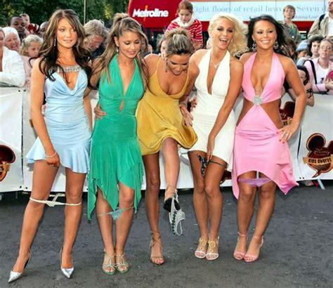 Amish Barn Star Uk Girls Panties Pantiless Lowbird Com Der Lowe Bird