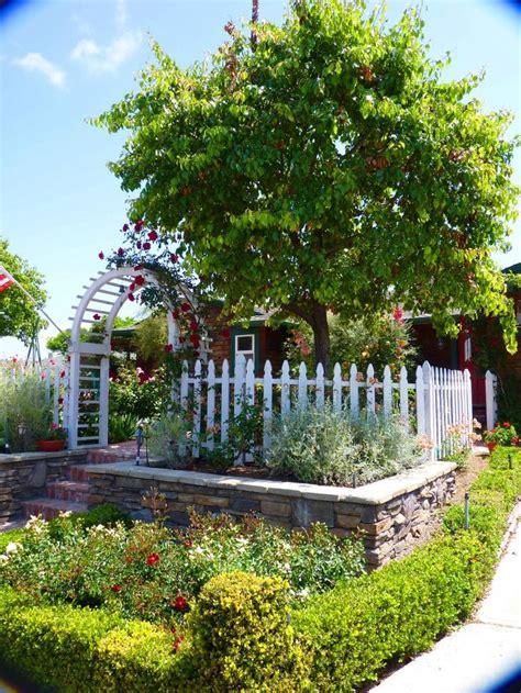 front yard vegetable garden victory gardens