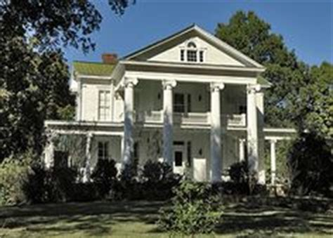 savannah style homes 1000 images about savannah tn historic homes on pinterest