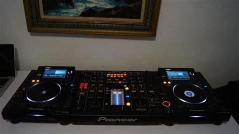 Hp Vivo F15 pack de pioneer cdj2000 et djm 2000 la table de mixage casque chagne ardenne audiofanzine