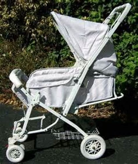 90s baby swing 25 best images about 1980 s and 90 s baby strollers on