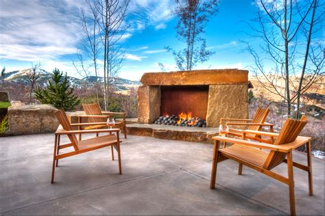 magical rustic patio designs    fall  love