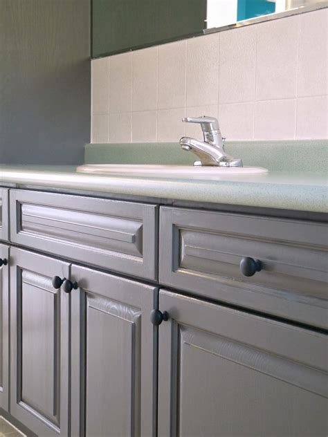 refinishing bathroom cabinets how to refinish bathroom cabinets easily review of rust