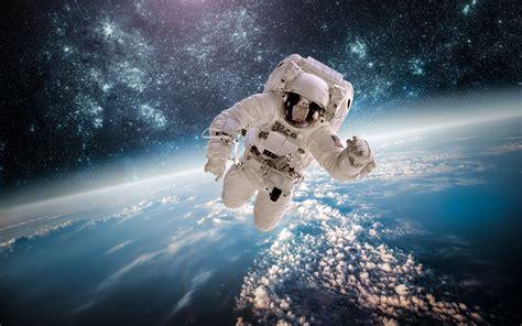 astronaute etoiles espace galaxie  hd apercu