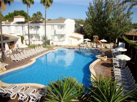 majorca appartments solecito apartments alcudia majorca spain book
