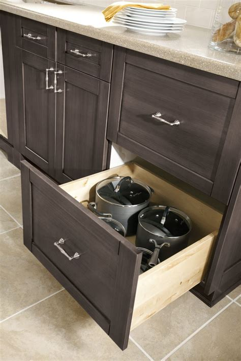 deep drawer kitchen cabinets 32 best images about cabinet organization on pinterest