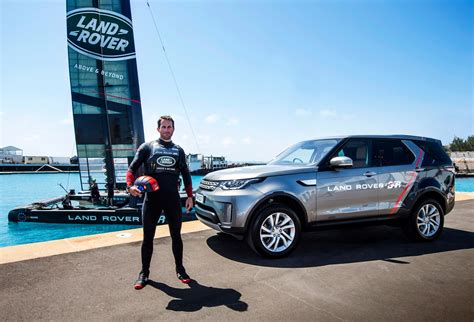 land rover water land rover set to compete in f1 on water 187 autoguide com