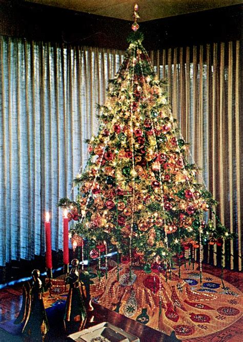 xmas tree decorating ideas from 1969 mid century living