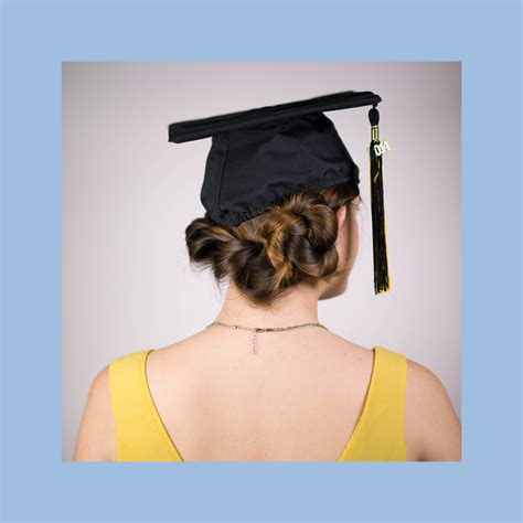 Graduation Cap Hairstyles by Hairstyle To Wear With Graduation Cap