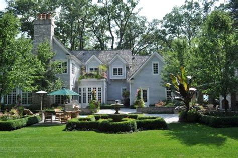 beautiful yards 100 landscaping ideas for front yards and backyards