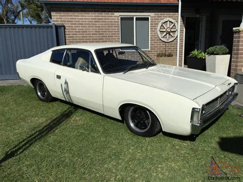 valiant chargers for sale 1971 vh valiant charger in revesby nsw