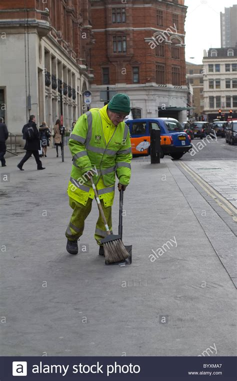 st cleaner cleaner sweep cleaning streets with brush