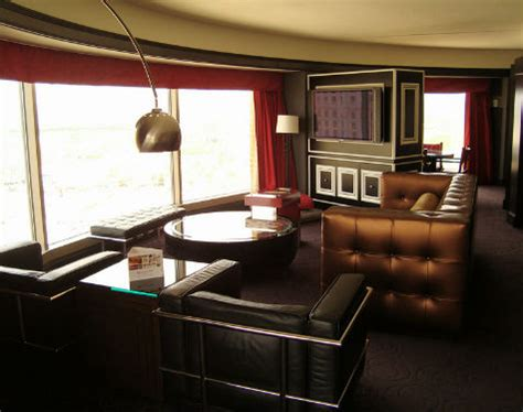 planet hollywood las vegas | las vegas hotel deals