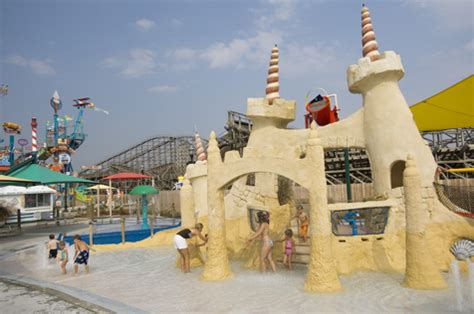 candy coated boat ride nyc 7 best water parks near nyc including hersheypark