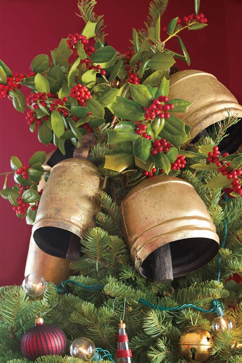 cchristmas boll temple get the look traditional tree southern living