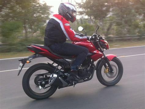 Suzuki New Launch Bike New Suzuki Gsx Bike 150cc Launch In 2015 January 2017