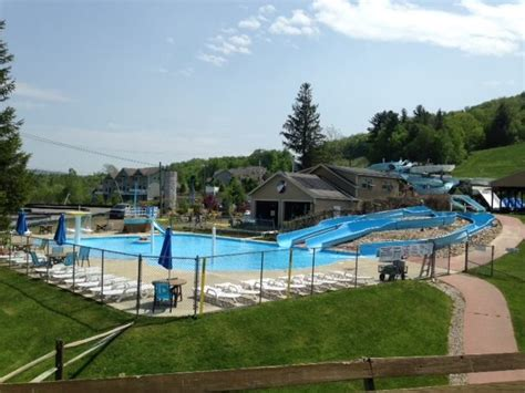 parks in ma massachusetts outdoor and indoor water parks find