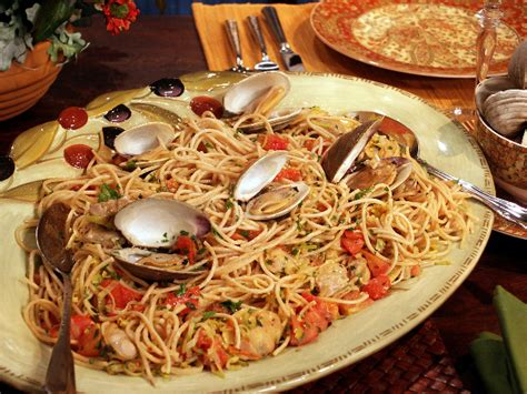traditional italian christmas dinner meatless pasta dishes at are an italian tradition catholicmatch