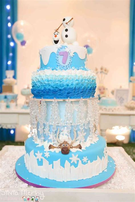 Frozen Cakes Decorations by 8 Of The Coolest Frozen Birthday Cakes