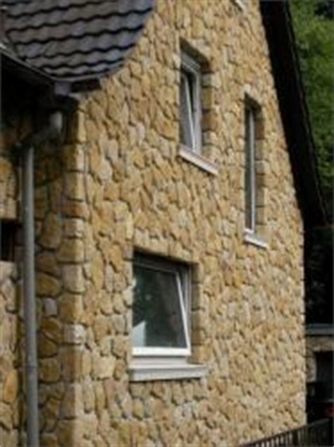 fliesenkleber für holz hausfassade an einem altbau nachtr 195 164 glich mit naturstein