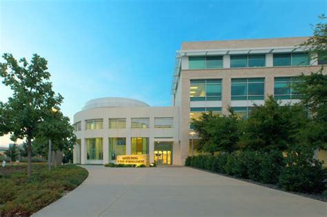 Ut Dallas Mba Tuition Per Year by Top Executive Mba Programs Of 2013 Bloomberg