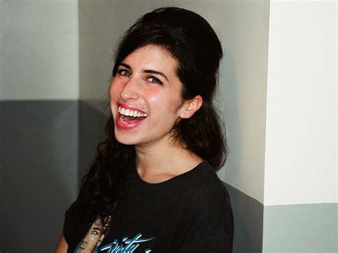 Winehouse Says She Has Quit So Much by Photographer Shares Images Of A Winehouse