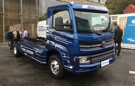 vw truck vw plans for electric trucks and buses starting