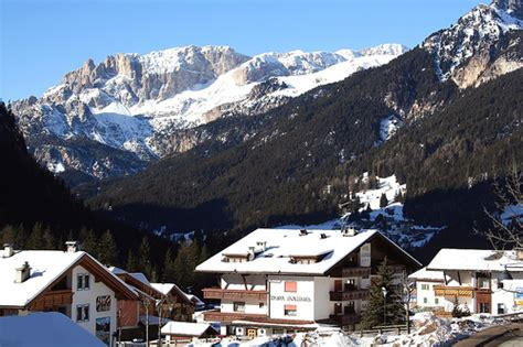 appartamenti canazei inverno inverno a canazei di fassa visit italy