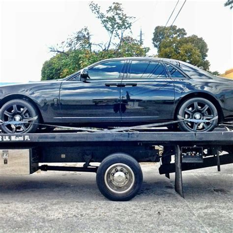 meek mill bentley truck meek mill s bentley mulsanne and rolls royce ghost