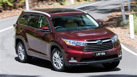 toyota kluger second toyota kluger 2014 review carsguide