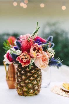 Sprei California Motif Emily best 25 pineapple centerpiece ideas on