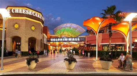 imagenes de mall en miami reportan un tiroteo en el centro comercial dolphin mall de