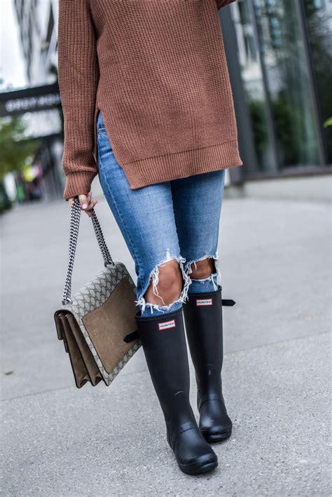 wear hunter boots  fall womens fashion
