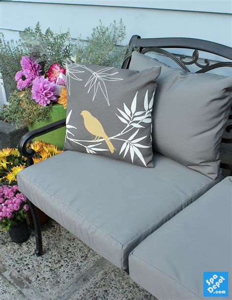 Recovering Patio Chair Cushions Easily Recovered Outdoor Furniture There S A Whole Pinterest Category Called Quot Recover Outdoor